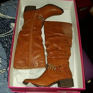 """""""Lake"""" boots by ShoeDazzle US wmn's 7.5M"""